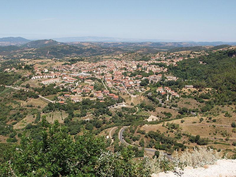 800px-Panorama_di_Laconi