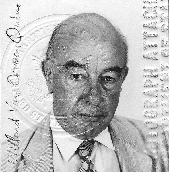 589px-Wvq-passport-1975-400dpi-crop