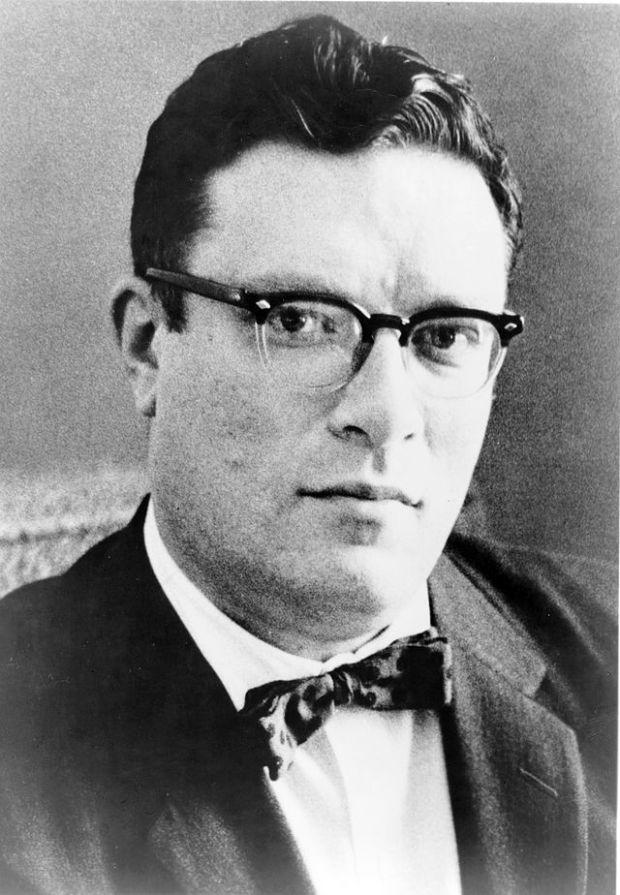 640px-Isaac_Asimov01