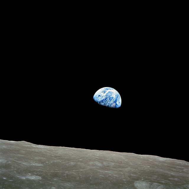 640px-NASA-Apollo8-Dec24-Earthrise