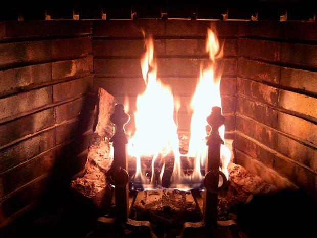798px-Fireplace_Burning