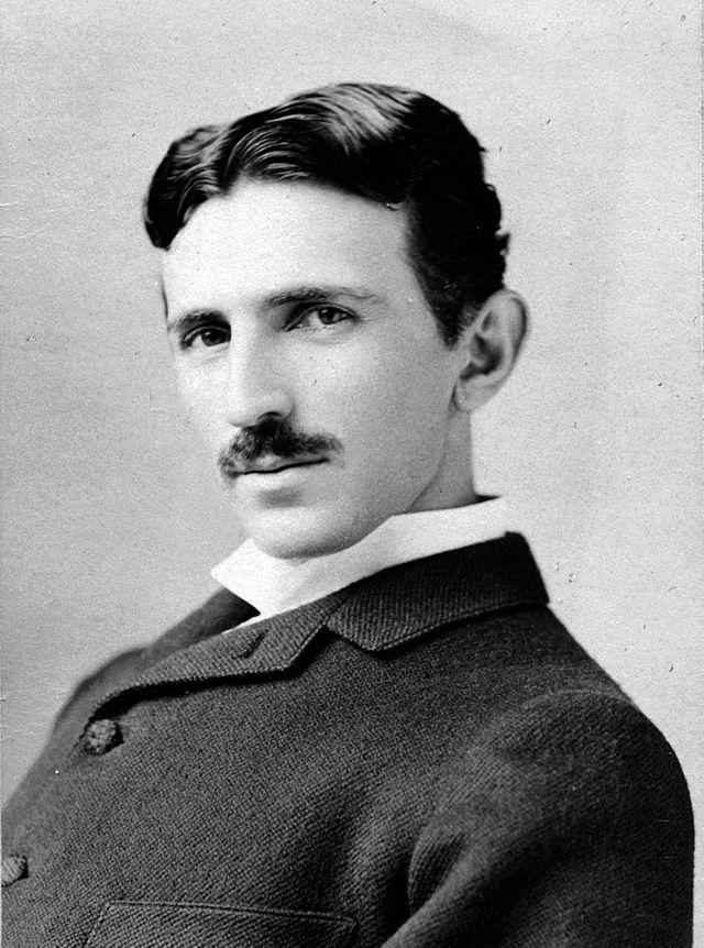 Nikola Tesla a 37 anni (1893 circa)