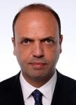 Angelino_Alfano_daticamera