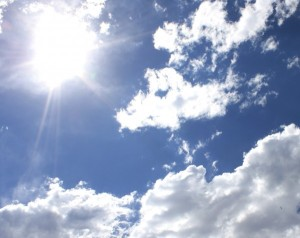 sun_and_clouds-600x477