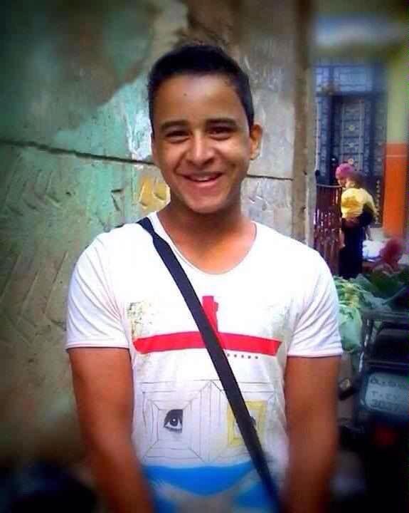 Photo of detained activist Mahmoud Hussein