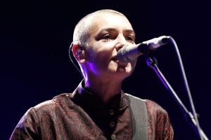 1024px-FIL_2013_-_Sinéad_O'Connor_01