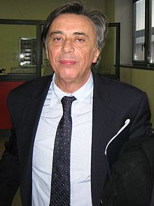 220px-Carlo_Freccero_Meeting_Web_Tv_2009_cropped.jpg