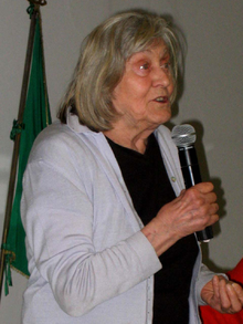 220px-Margherita_Hack_30_marzo_2007_Roma_relatrice (1)