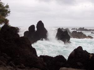 waves-crashing-on-the-cliffs-1685