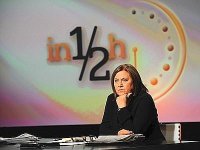 """25/09/2011 Roma: Lucia Annunziata conduce """"In mezz'ora"""" in onda su. Raitre la domenica alle 14,30. (foto Adnkronos)"""