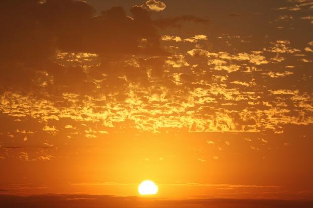 sun-raise-1179444_960_720