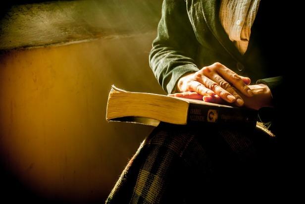 book-1421097_960_720