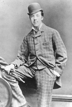 Oscar_Wilde_(1854-1900),_by_Hills_&_Saunders,_Rugby_&_Oxford_3_april_1876.jpg
