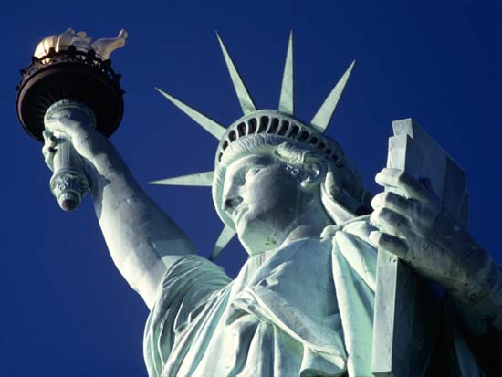 Statue-of-Liberty-the-symbol-of-freedom-New-York-us