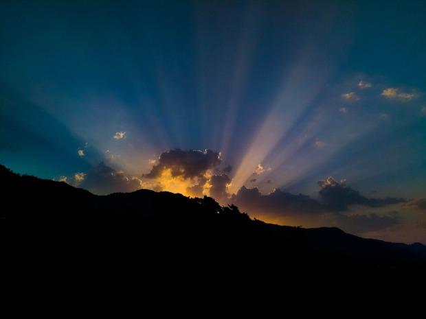 sunlight-2323003_960_720