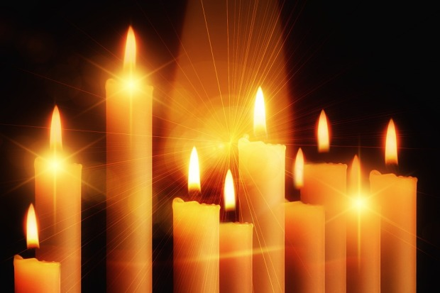 candles-435410_960_720