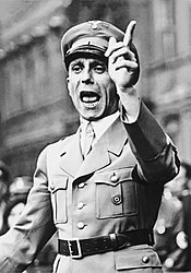 175px-Bundesarchiv_Bild_102-17049,_Joseph_Goebbels_spricht
