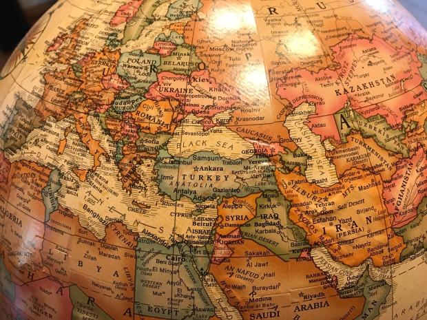 globe-2234559_1920
